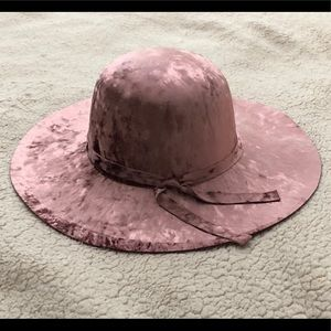 Accessories - New Pink Crushed Velvet Hat